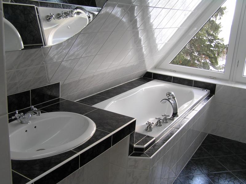 Koupelna s výhledem na Lipno