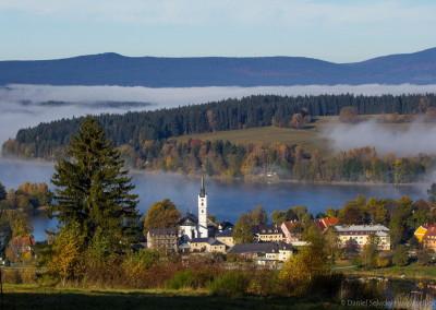 Výhled na Frymburk z vrchu Marta